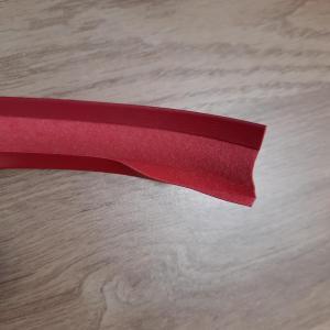 Simili rouge 4