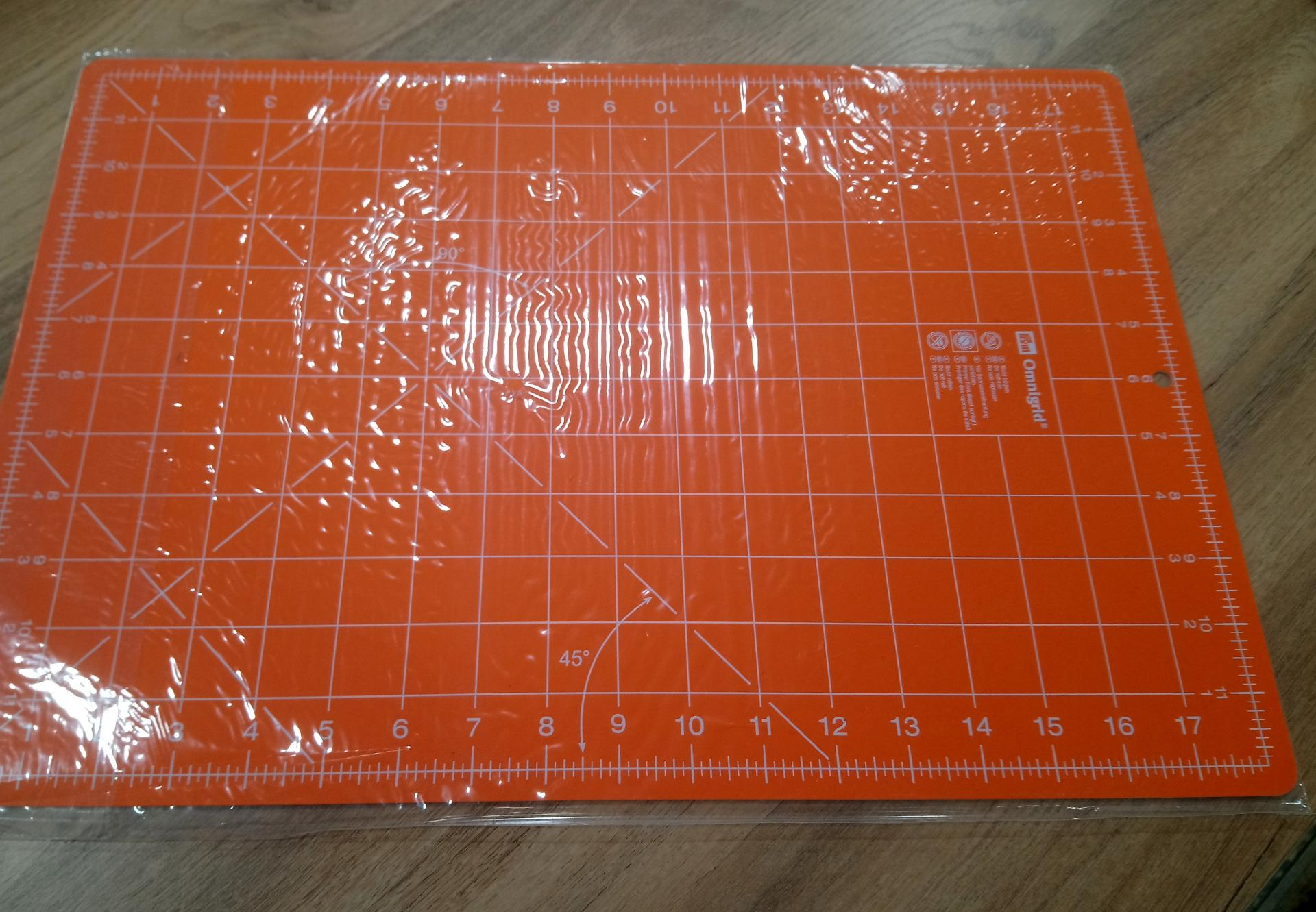 Tapis de decoupe orange 1