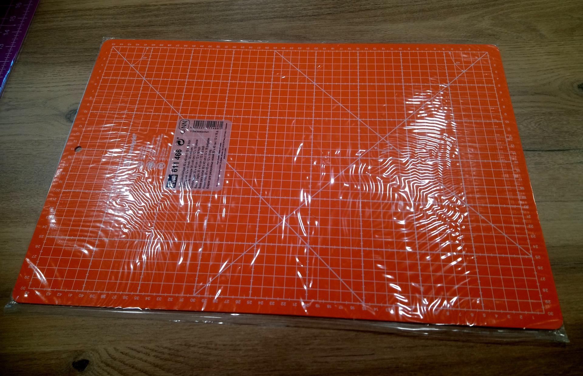 Tapis de decoupe orange